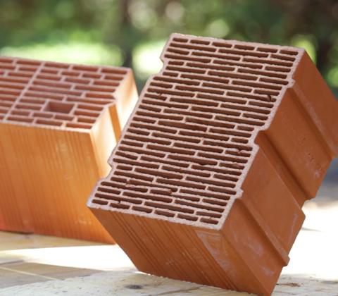 maison brique monomur good visire une maison en briques monomur with maison brique monomur la. Black Bedroom Furniture Sets. Home Design Ideas